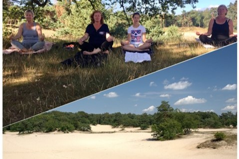 duinen en yoga